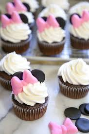 minnie mouse cupcakes minnie mouse cupcake tutorial