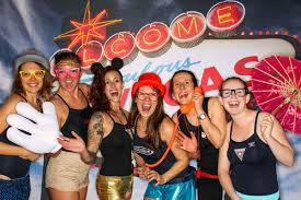photo booth las vegas las vegas hosts the ruby pool party in aspen