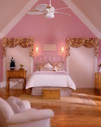 schlafzimmer altrosa altrosa wandfarbe verleiht dem ambiente zärtlichkeit