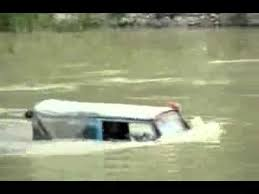 jeep snorkel underwater jeep seems to go anywhere even under water amazing youtube