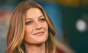 Gisele Bundchen Talks Pregnancy And Breastfeeding Gisele Bundchen Mindbodygreen Mindbodygreen
