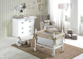 chaise pour chambre bébé fauteuil a bascule chambre bebe livraison offerte chambre complete
