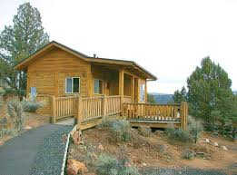 Northwest Travel Oregon has 75 deluxe and rustic cabins in 13