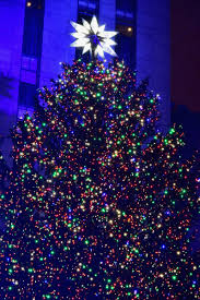 rockefeller christmas tree is now lit for your viewing pleasure