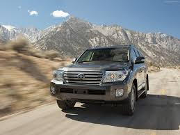land cruiser pickup v8 toyota land cruiser 2013 pictures information u0026 specs