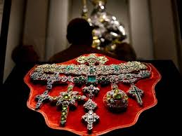 vatican jewelry so much for the vow of poverty conny manero