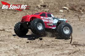 monster truck crashes videos review u2013 helion invictus 10mt 4wd brushless monster truck big