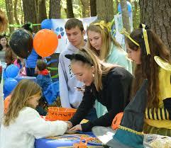 Annmarie Sculpture Garden Arts Center Halloween Fun At Annmarie Garden To Benefit Six Local Charities