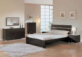 tips on choosing home furniture design for bedroom cream wall paint decoration in modern home bedroom design has grey