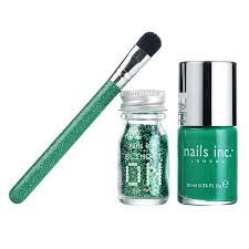 nails inc bling it on emerald collection amazon co uk beauty