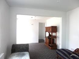 Two Bedroom Flat To Rent In Hounslow To Rent Hounslow 221 Avenue Flats To Rent In Hounslow Mitula