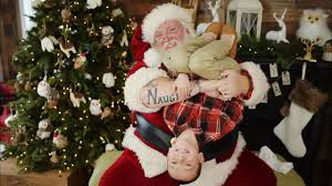 tattooed mall santa told to act like normal jolly elf fans say no