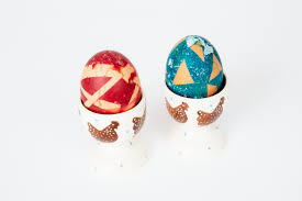easter egg decorating ideas coloured eggs with scotch magic tape