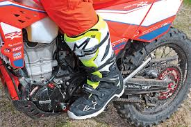 alpine star motocross boots dirt bike magazine alpinestars tech 7 enduro boots