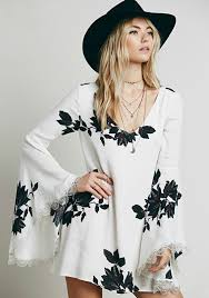 white flowers print hollow out lace v neck bell sleeve chiffon