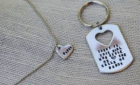 there is this daddy daughter keychain necklace set