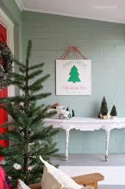 christmas outdoor decor diy farm fresh christmas trees sign lolly