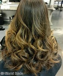 the latest hair colour techniques everything you need to know about foilyage the latest hair color