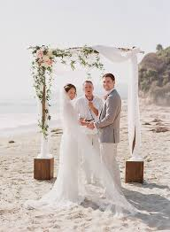 Wedding Arch Ideas 19 Charming Beach And Coastal Wedding Arch Ideas For 2018