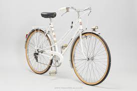 peugeot hybrid bike 52cm peugeot helium vintage ladies town bike pedal pedlar