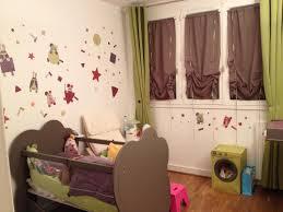 chambre fille et taupe découvrez la chambre bébé complète altéa taupe en bois et plexi