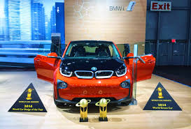 bmw car of the year bmw i3 electric vehicle wins green car and design of the