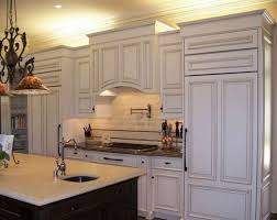 Cabinet Crown Molding Styles Using Base Molding As Crown Molding - Crown moulding ideas for kitchen cabinets
