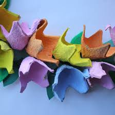 how to make an egg carton flower wreath hobbycraft blog
