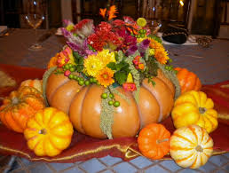 great thanksgiving ideas great thanksgiving centerpiece using a cinderella pumpkin and fall