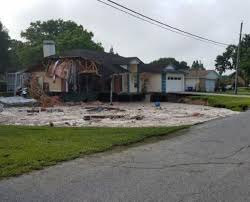 Sinkholes In Florida Map by Florida Sinkhole Swallows Home Destroys Another Ny Daily News