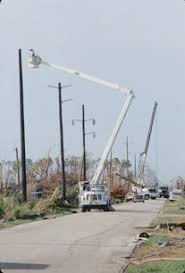 fpl street light program fpl marks hurricane andrew anniversary as a time to remember learn
