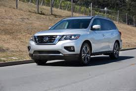 nissan pathfinder reviews 2017 2017 nissan pathfinder vs honda pilot carfax blog