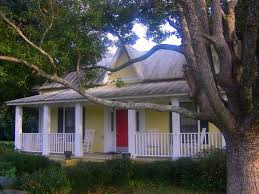 white houses brown roofs ludowici long county ga victorian