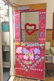 day door decorations 27 creative classroom door decorations for s day