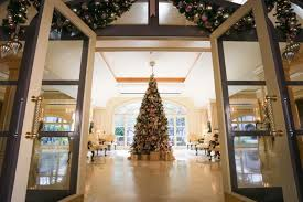 historic hotels that are decked out for the holidays reader u0027s