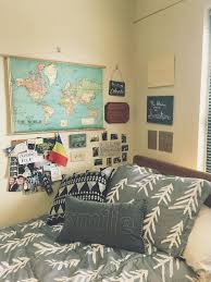 Dorm Interior Design by Best 25 Travel Room Decor Ideas On Pinterest Travel Wall