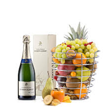 delivered fruit corporate fruit baskets to belgium delivered in belgium by