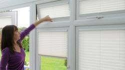 Glass Blinds Insulated Glass Blind Oem Manufacturer From Faridabad