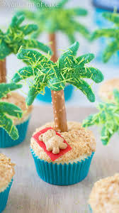 palm tree cupcakes your cup of cake