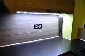 lumiere meuble cuisine meuble cuisine discount eclairage meuble cuisine led pour plan de