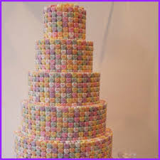 lovely wedding cake pictures creative and lovely hand painted