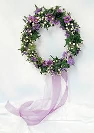 wedding wreaths 15 sweetest diy wedding wreaths happywedd