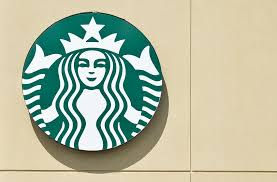 is starbucks open on thanksgiving 2016