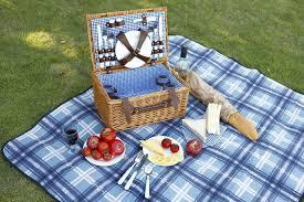 best picnic basket 7 of the best picnic baskets london evening standard