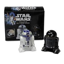 Star Wars Office Decor Amazon Com Star Wars Salt And Pepper Shakers R2d2 And R2q5