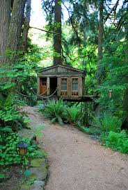 68 best pete nelson u0027s tree houses images on pinterest treehouses