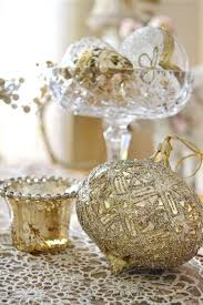 White Christmas Party Decorations by Motor Home Interiors Gold And White Christmas Decor Tacky