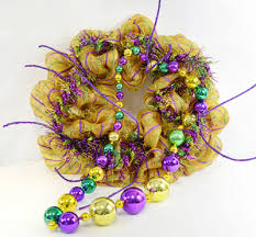 mardi gras bead wreath party ideas by mardi gras outlet a mardi gras wreath with