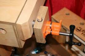 how do you build a front vise for your bench with basic hardware