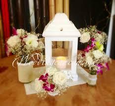 White Lantern Centerpieces by 11 Best Centerpieces Images On Pinterest Floral Arrangements